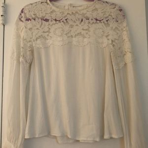 Hm white lace top blouse in size 6